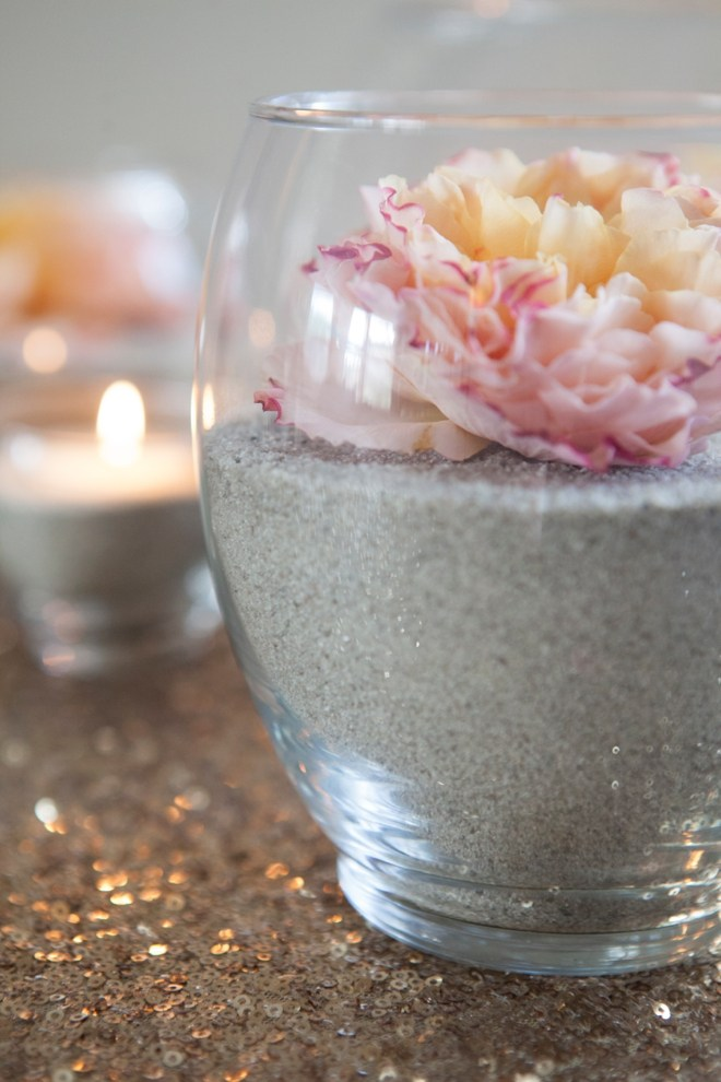 ST-DIY-flower-and-sand-centerpieces_0004